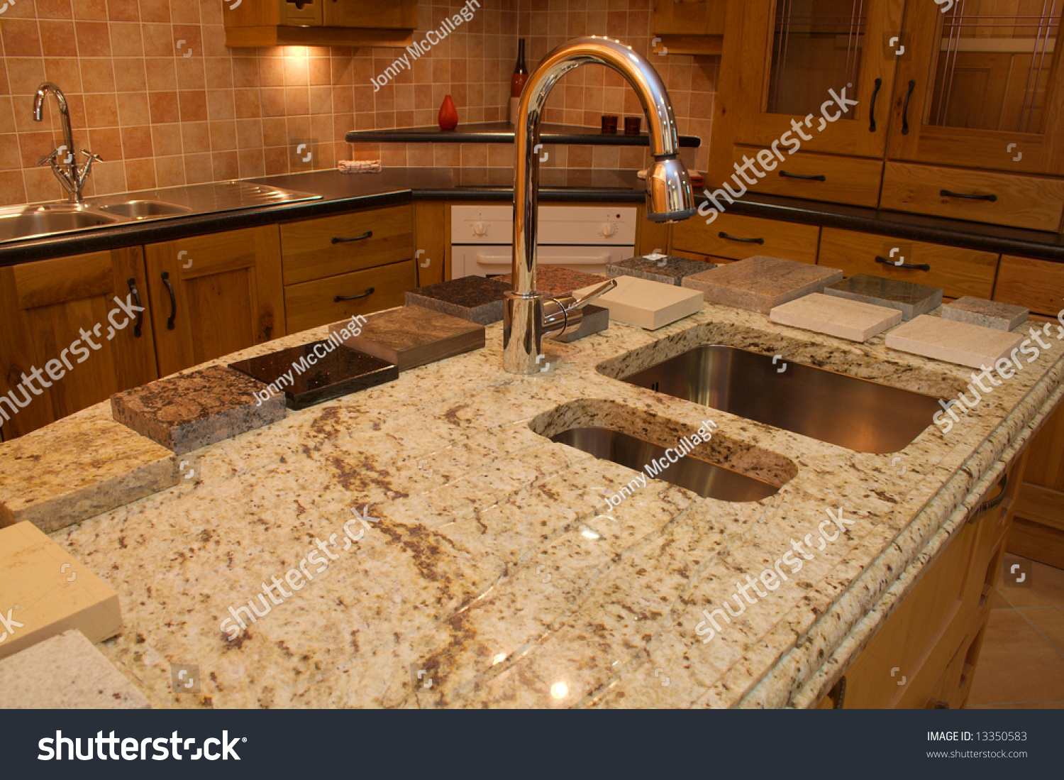 Kitchen Granite Worktop Warm Modern Contemporary Kitchen Showing Granite Stock Photo