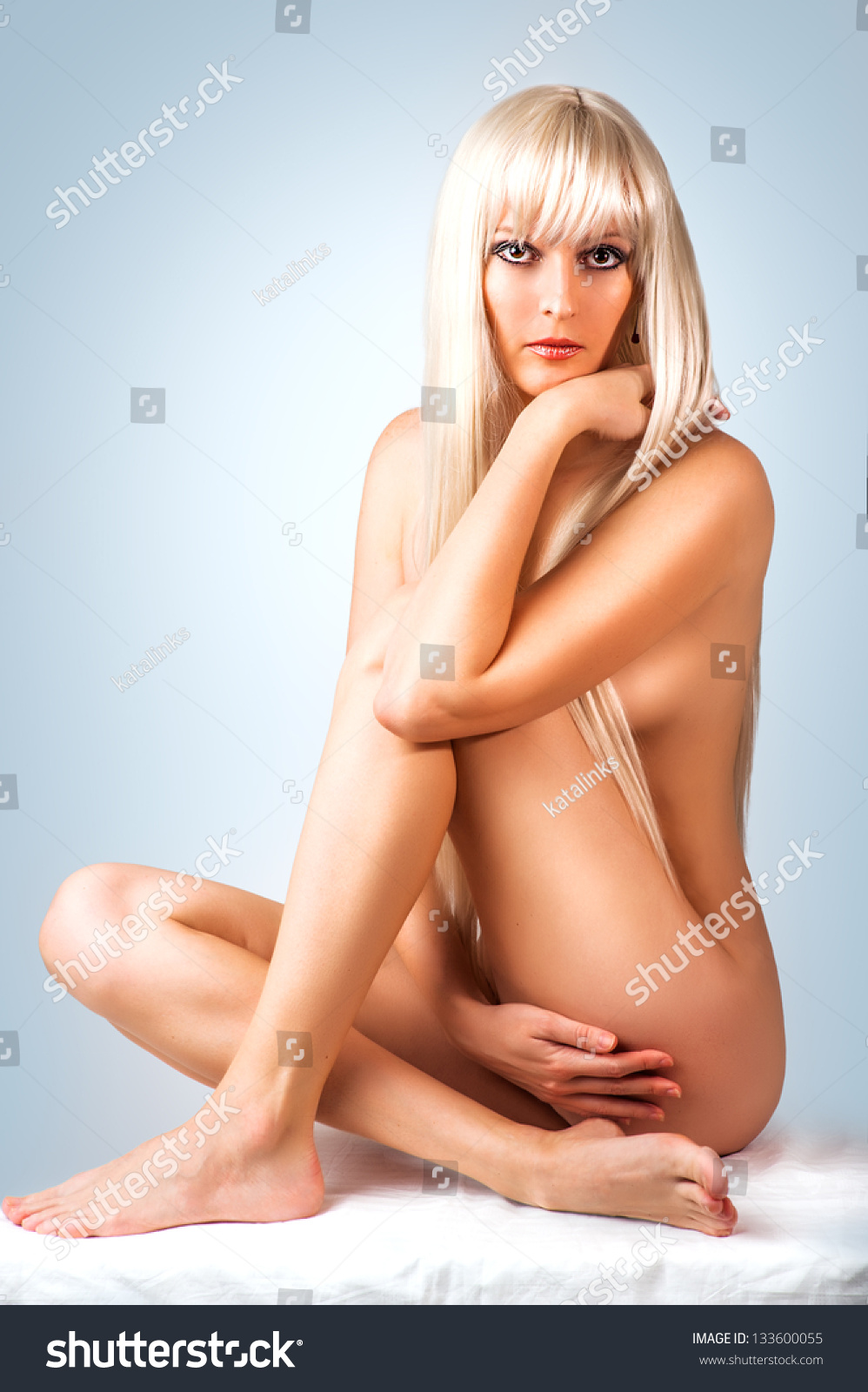 Blonde naked women