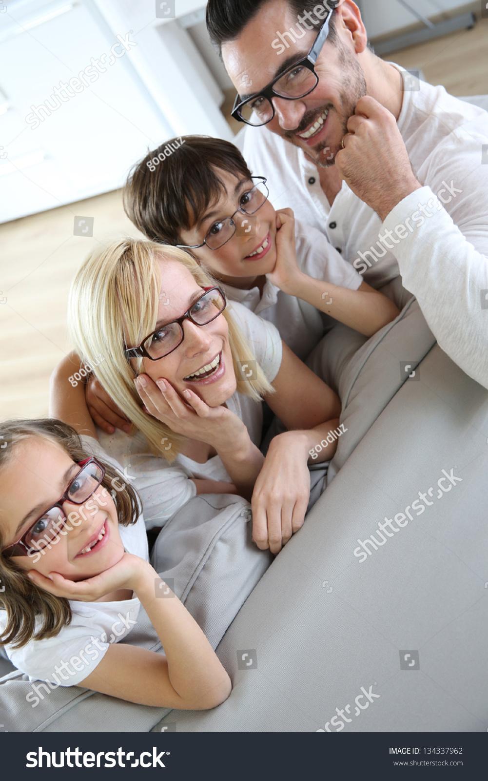 Дочь в очках 26 фотография