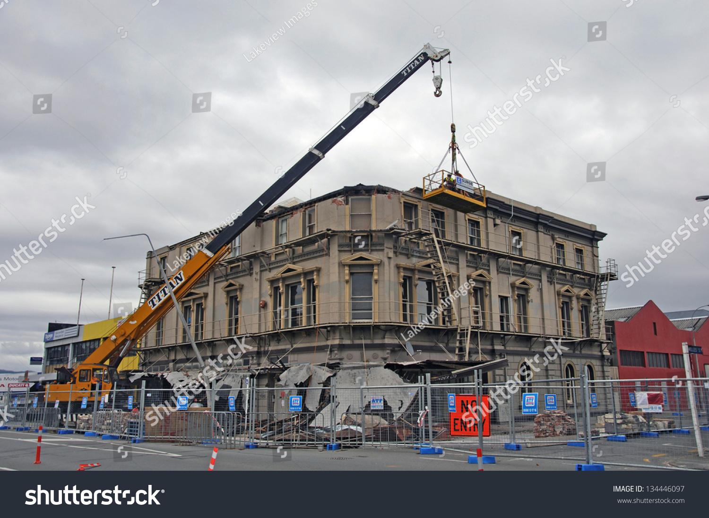 Demolition Of Tall Buildings : Christchurch new zealand dec demolition of tall