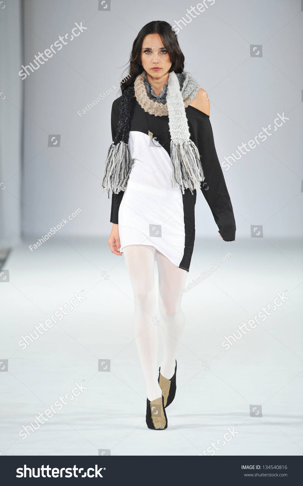 Los Angeles March 14 Celebrities Walk The Runway At Linden La During Style Fashion Week At