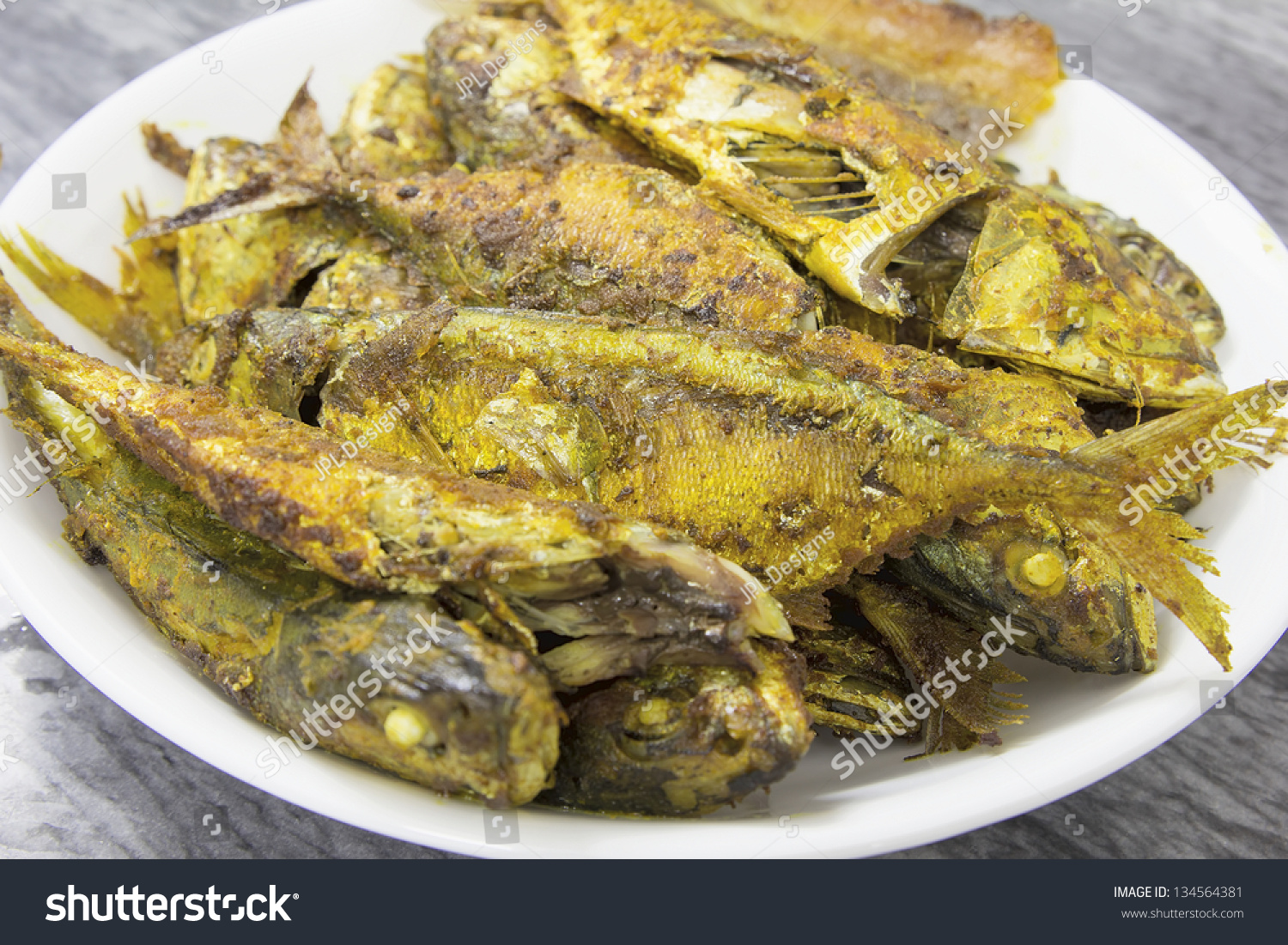 Deep fried whole selar kuning fish stock photo 134564381 for Deep fried whole fish