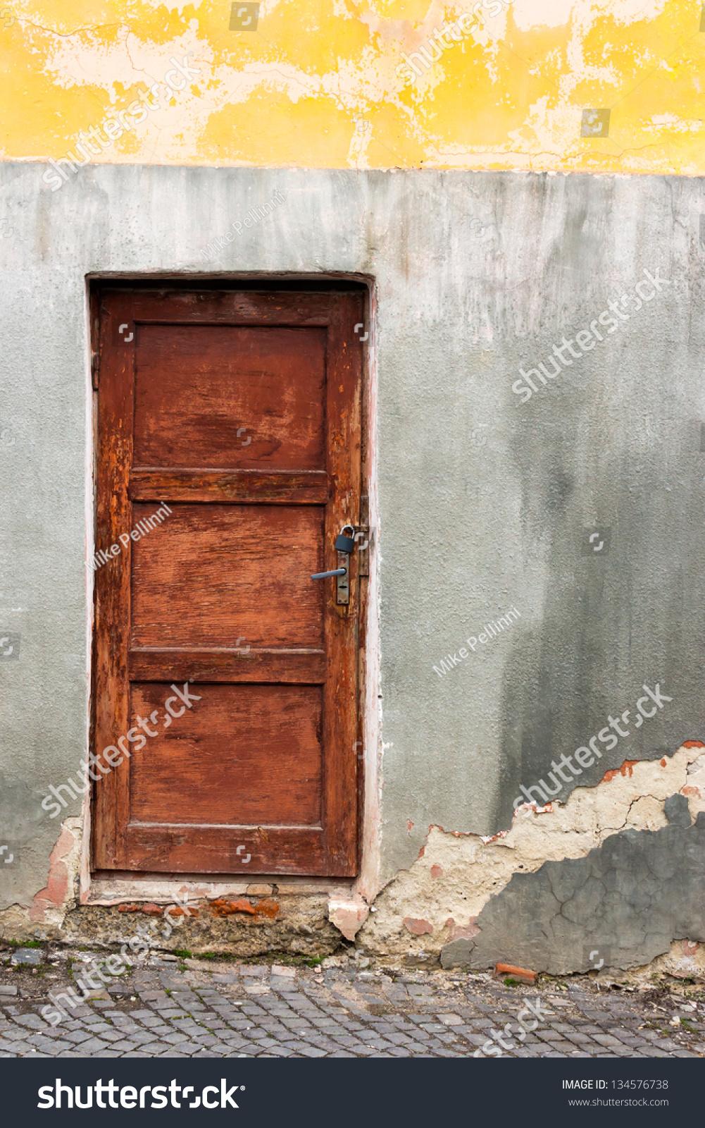 how to fix a cracked wooden door frame