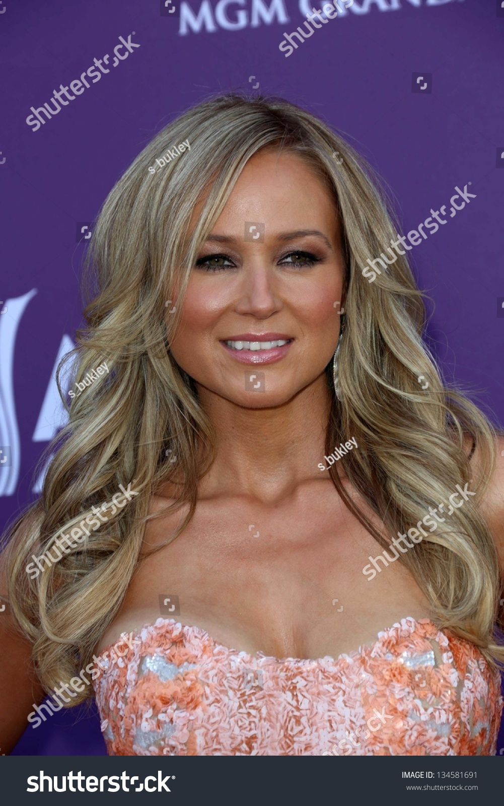 Jewel at the 48th Annual Academy Of Country Music Awards Arrivals ...