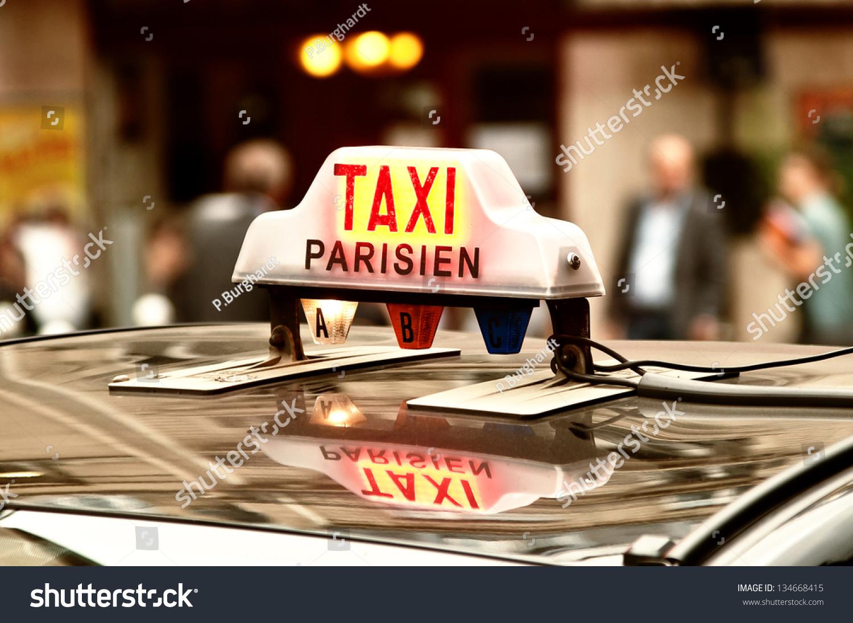taxi parisien stock photo 134668415 shutterstock. Black Bedroom Furniture Sets. Home Design Ideas