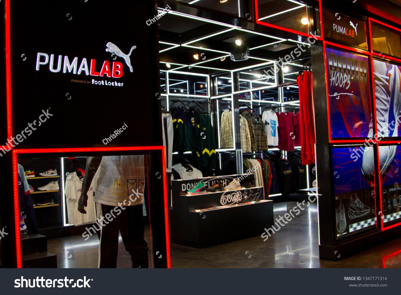 nouveau concept f3aab 1a97c Brampton Ontariocanadamarch 22 2019 Puma Lab Stock Photo ...