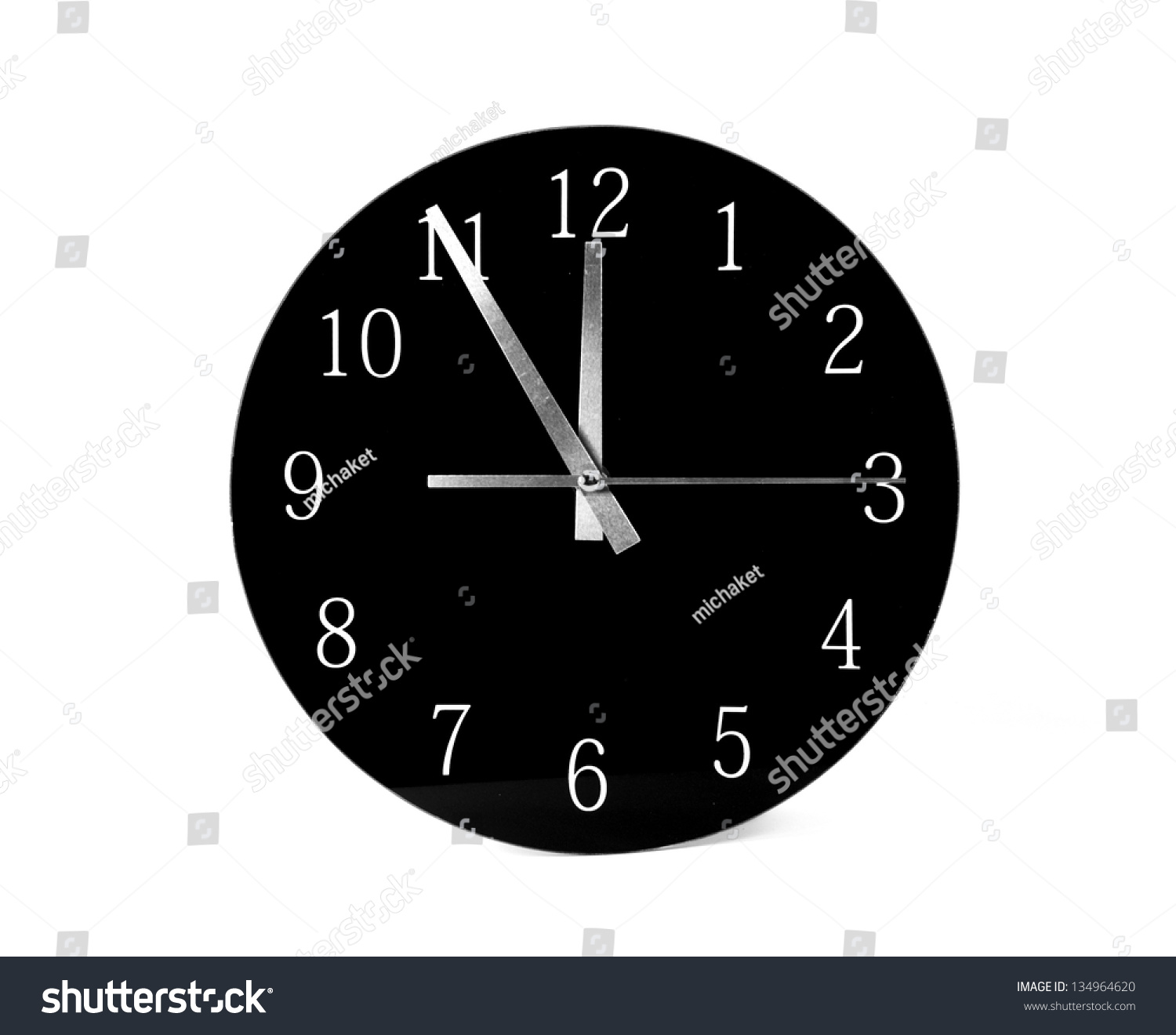 black clock five minutes to twelve