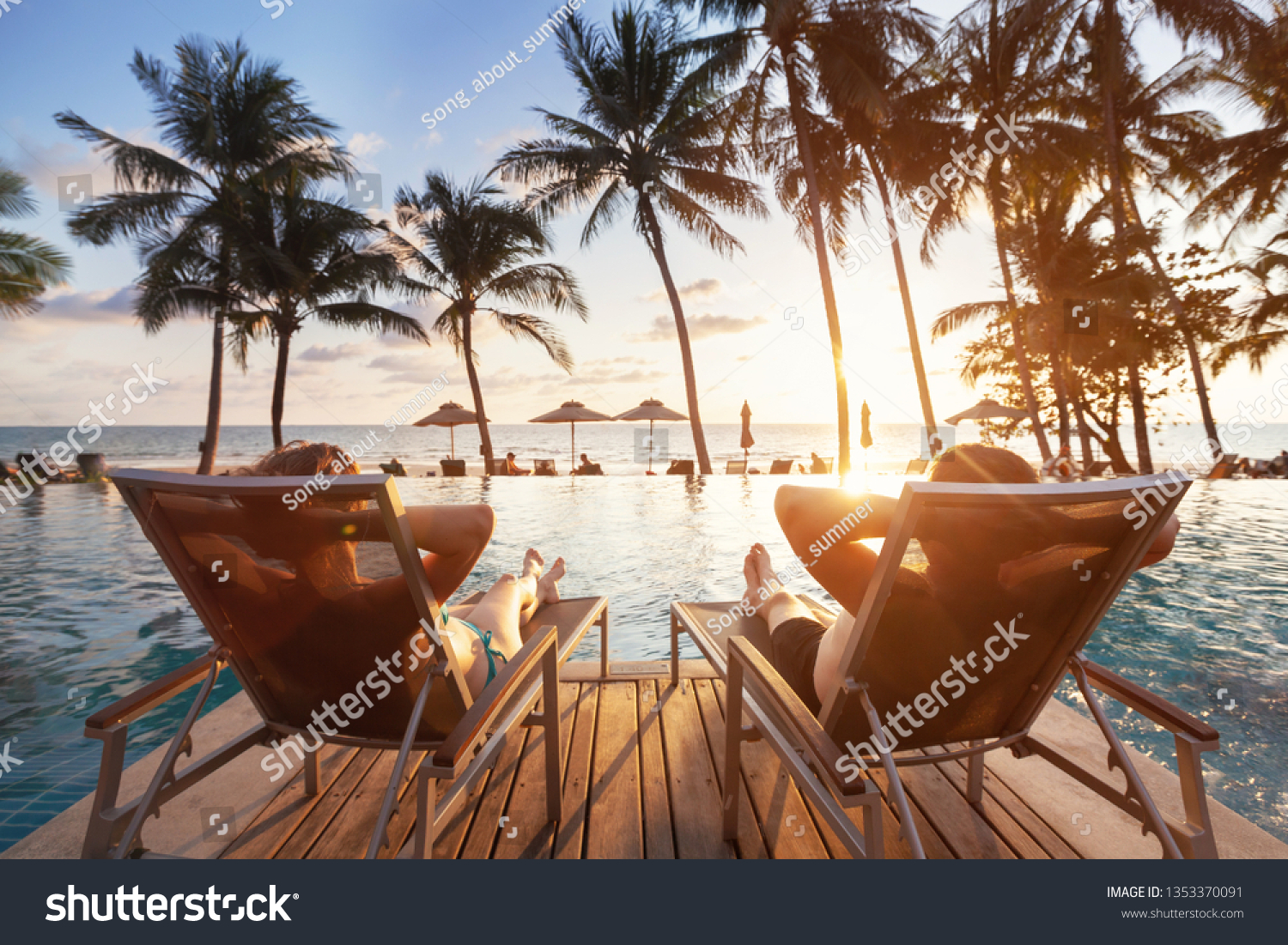 luxury travel, romantic beach getaway holidays for honeymoon couple, tropical vacation in luxurious hotel #1353370091