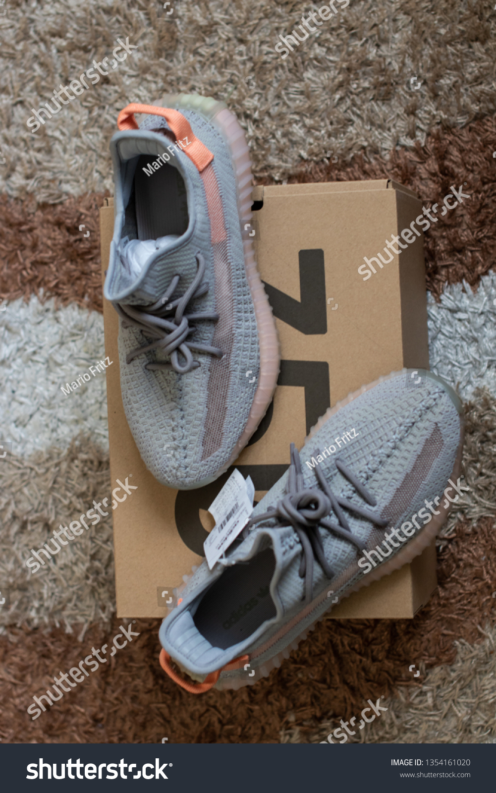 Adidas Yeezy Boost 350 V2 Trfrm Stock