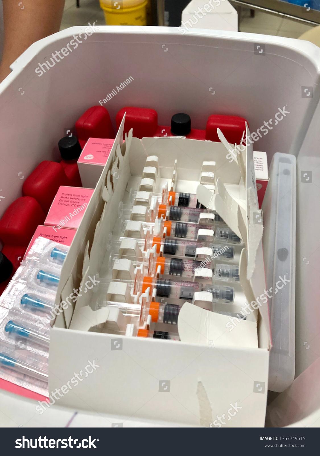 hpv vaccine kuching