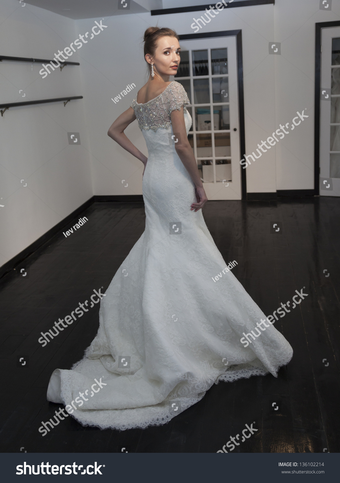 New york april 21 model shows stock photo 136102214 for 37th street salon