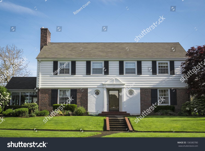 Classic american suburban house blue sky stock photo for Classic american house