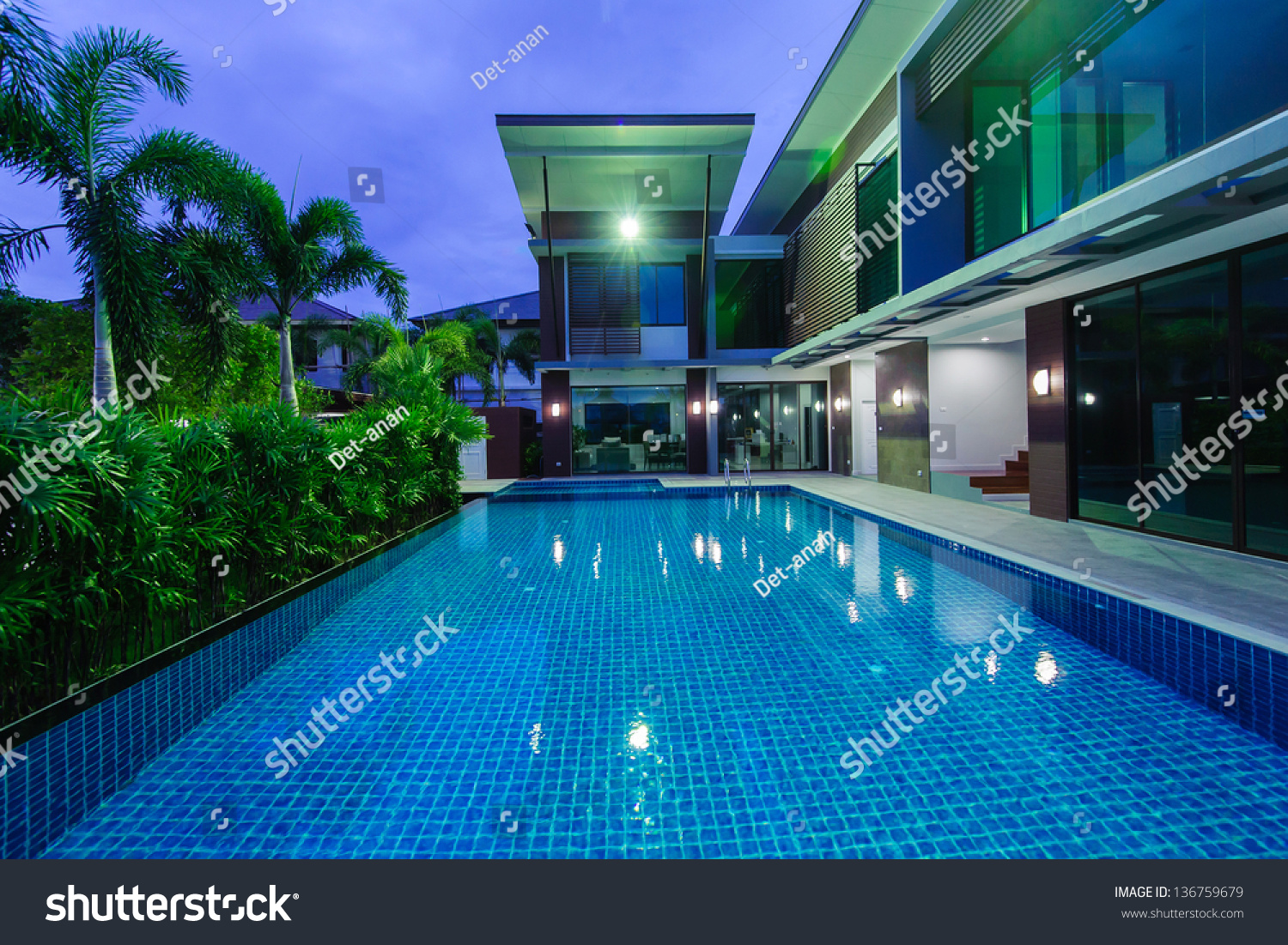 Modern House With Swimming Pool At Night Stock Photo 136759679 Shutterstock