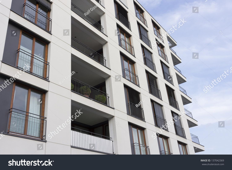 Facade Modern Apartment Building Frankfurt Germany Stock Photo 137042369 Sh