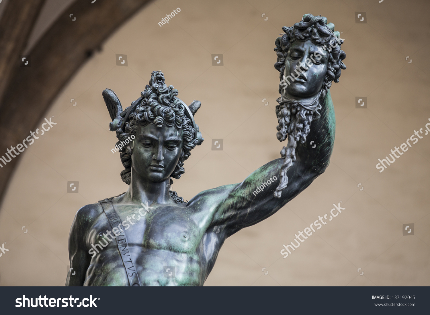 david by donatello and michelangelo Florentine artists like verrocchio, ghiberti and donatello all depicted their own version of david standing over goliath's severed head michelangelo instead, for the first time ever, chooses to depict david before the battle .