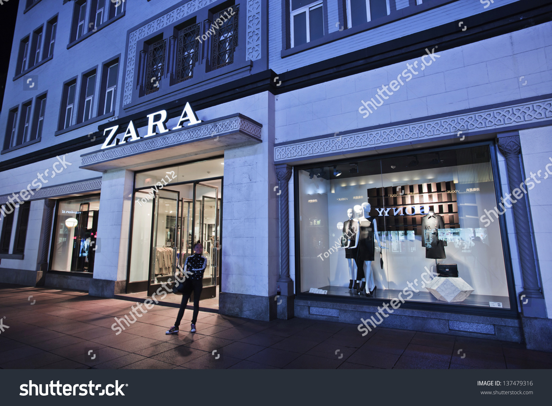 Dalianchinaoct 13 Zara Outlet Zara Owner Stock Photo ...