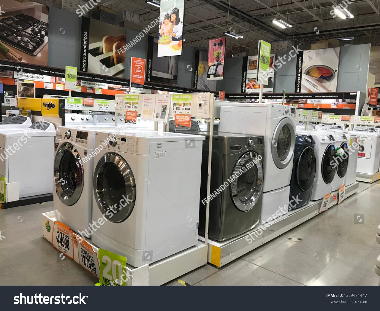 Aguascalientes 10082018 Home Depot American Retailer Stock Photo Edit Now 1379471447