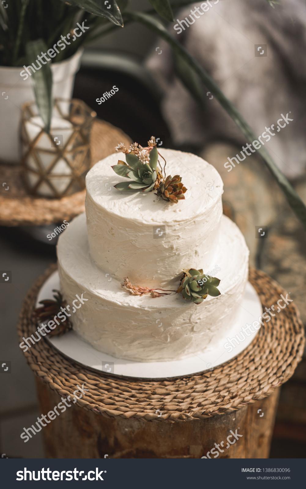 Elegant White Two Tier Wedding Cake Stock Photo Edit Now 1386830096
