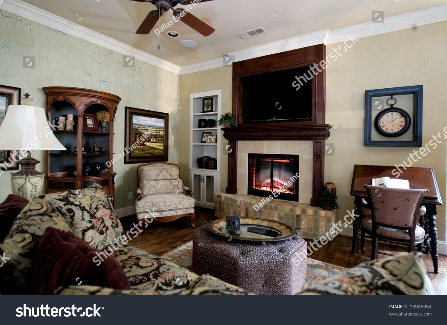 Image Nicely Decorated Living Room Stock Photo 13948954 Shutterstock
