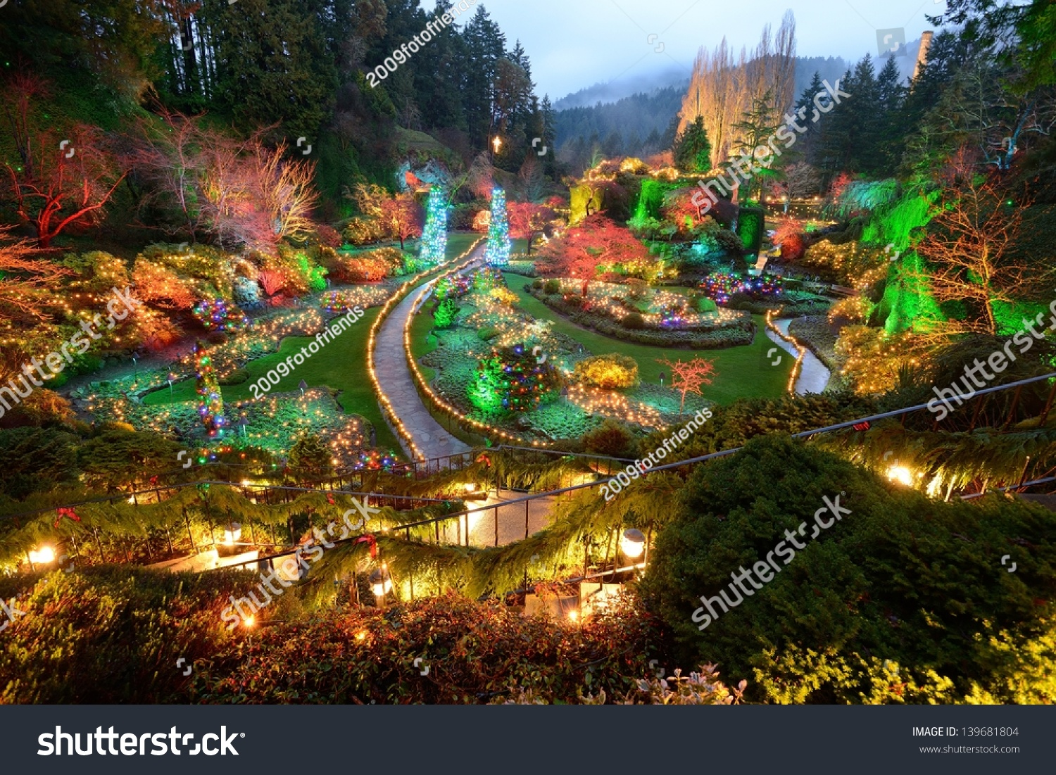 Beautiful Garden Night Scene Christmas Butchart Stock Photo (Edit ...