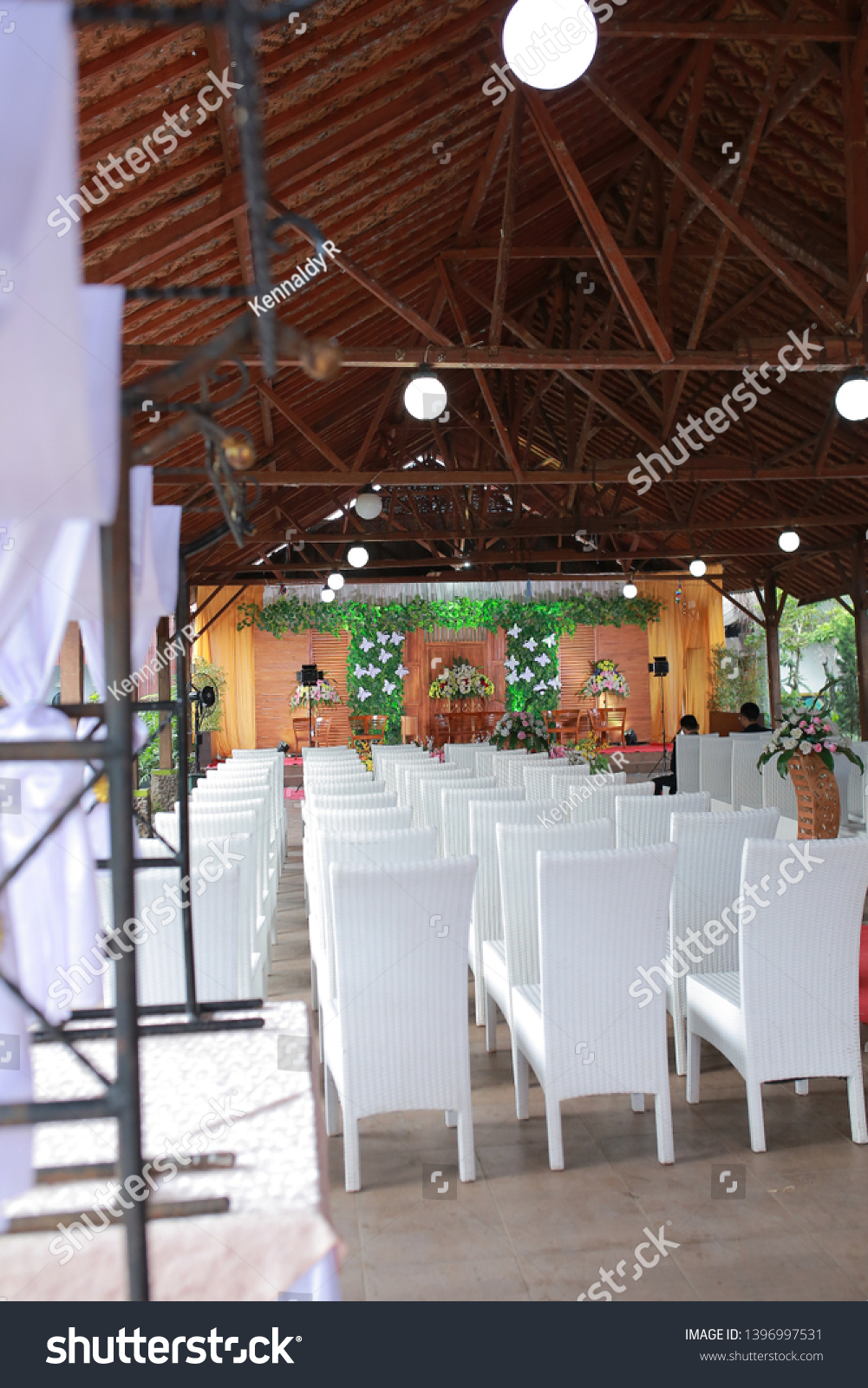 Simple Minimalist Wedding Decorations Make Wedding Stock Photo Edit Now 1396997531
