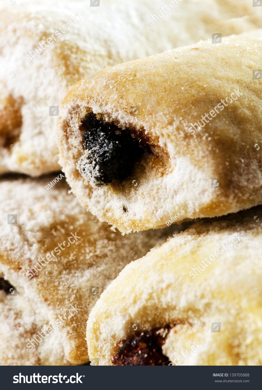 Romanian Traditional Jam Cookies Stock Photo 139705888 ...