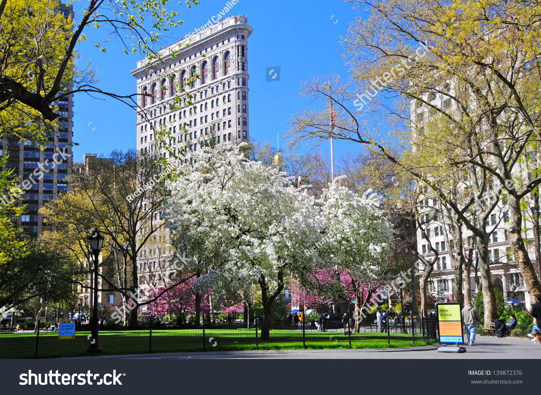 NEW YORK CITY APRIL 8 Flatiron Foto de stock (editar ahora)139872376 ...