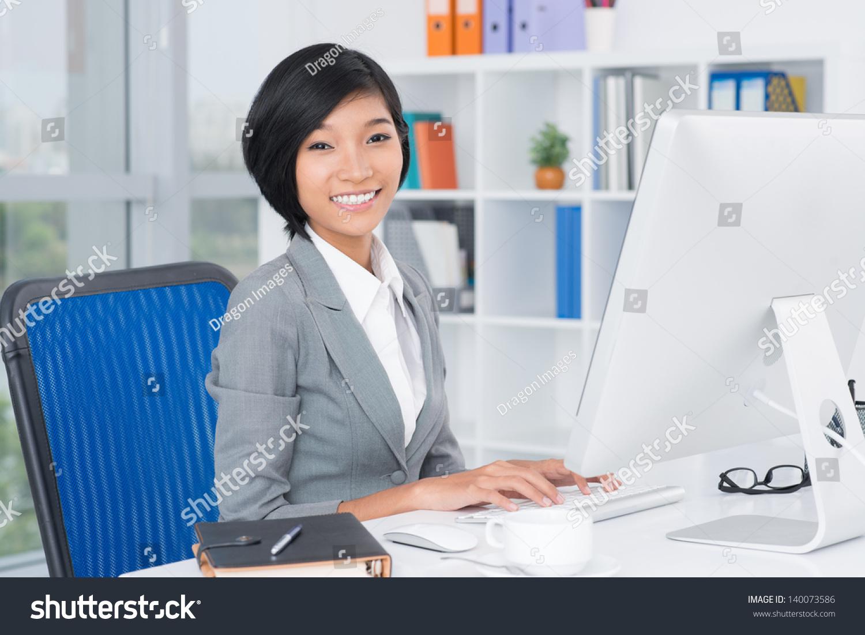 Portrait lovely office worker her work stock photo 140073586 shutterstock - Office portrait photography ...
