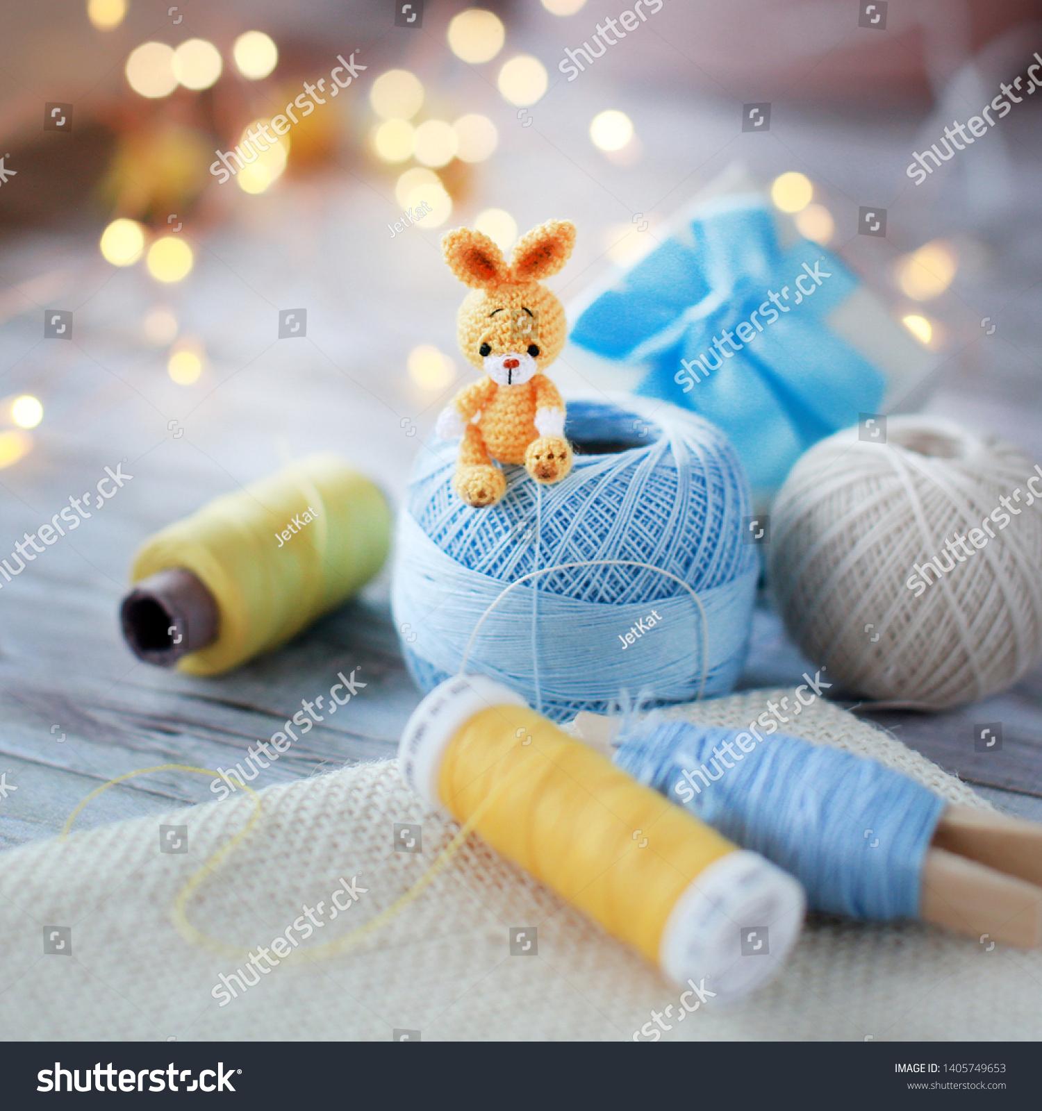 Baby Bunnies - three amigurumi bunny crochet patterns : PlanetJune ... | 1600x1500