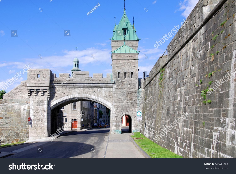 Quebec city canada august 25 porte saint louis gate for Porte st louis