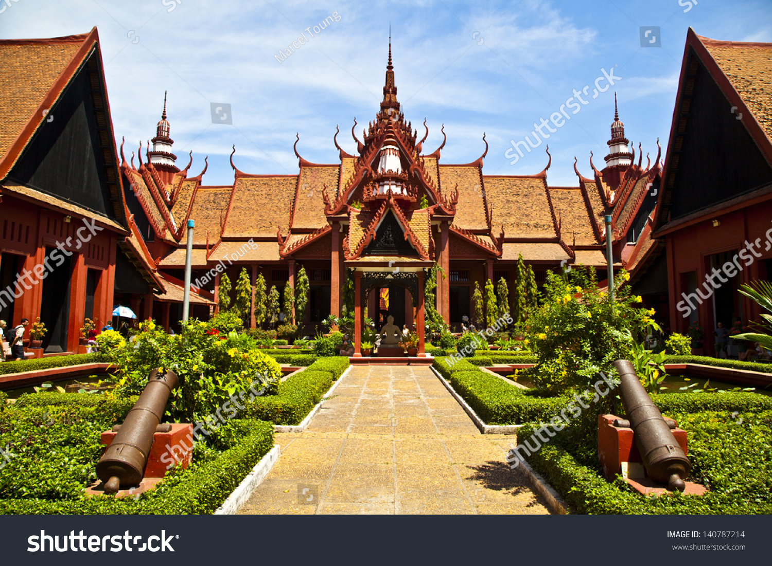 A beautiful example of the symmetry in traditional khmer for Architecture khmer