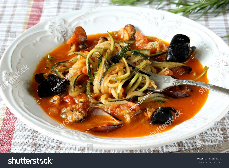 Keto Recipe Zucchini Spaghetti Mussels ...