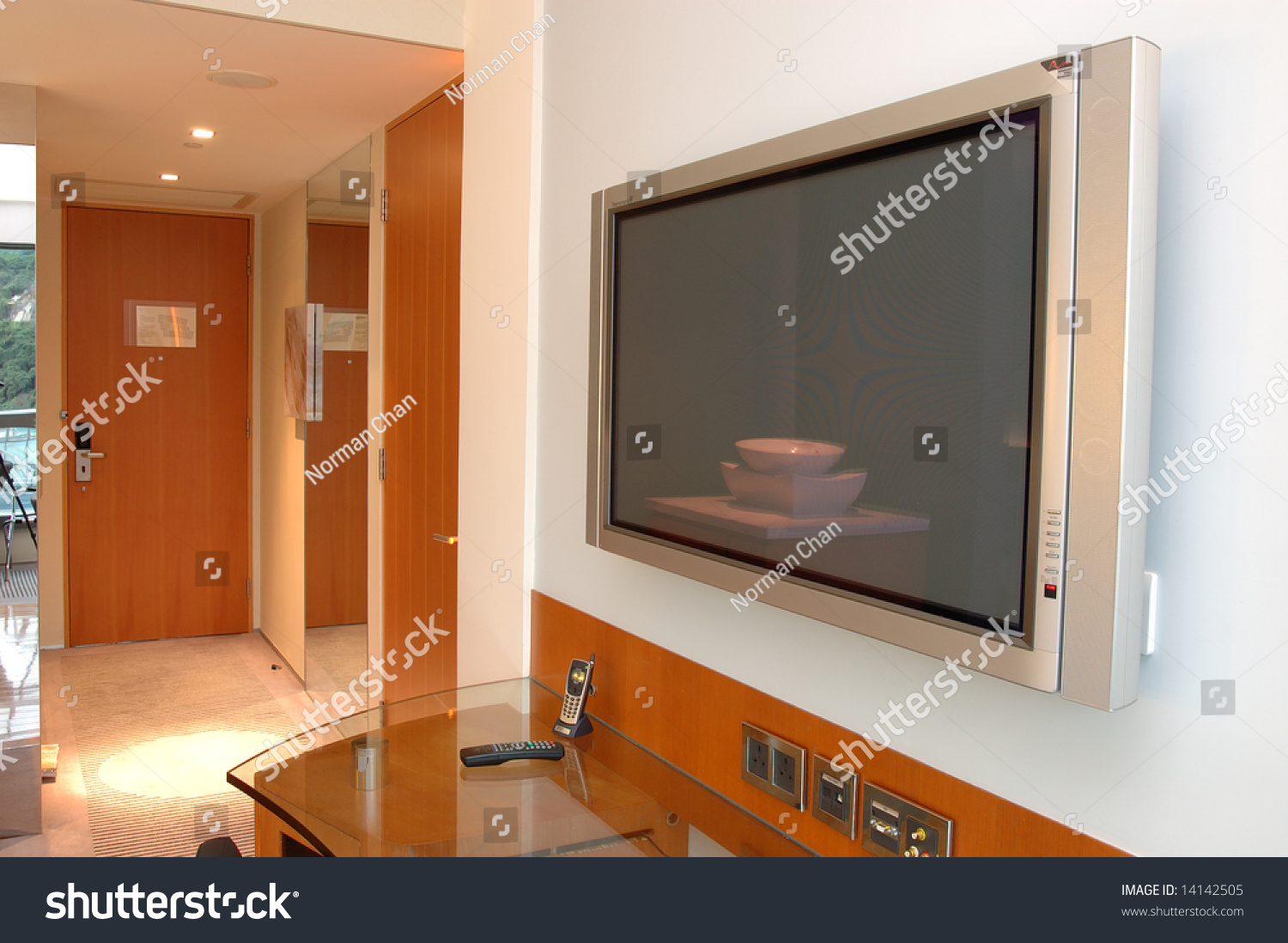 Close Plasma Tv Hotel Room Stock Photo 14142505 Shutterstock # Decoration Facade Tv Plasma