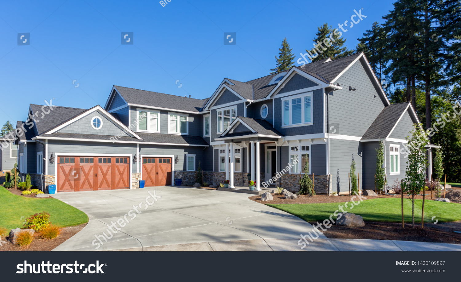 Beautiful New Luxury Home Exterior Traditional Stock Photo Edit Now 1420109897