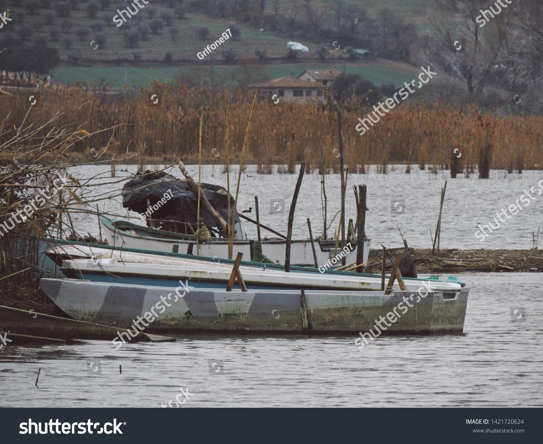Fishing: Typical lake fishing boat