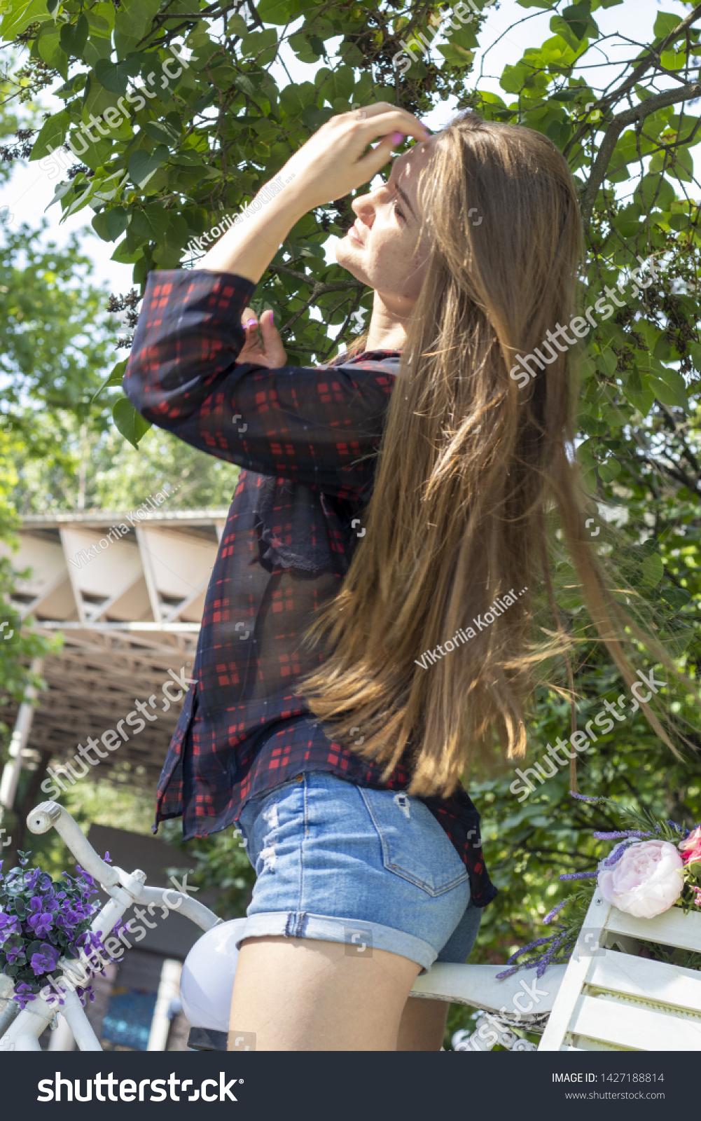 Models young russian Maladolescenza