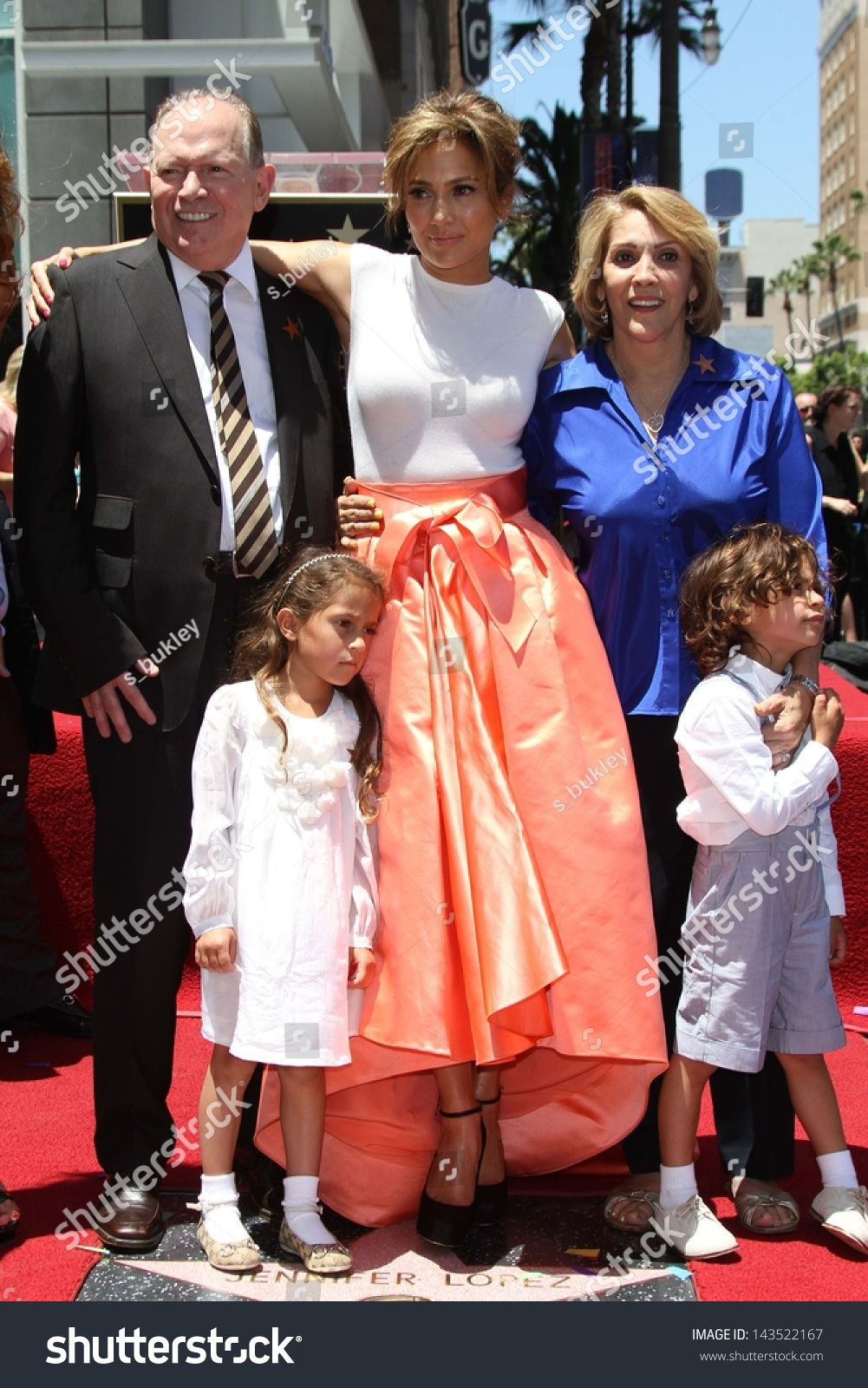 Jennifer Lopez Her Sister Mother Father Stock Photo Edit Now 143522167