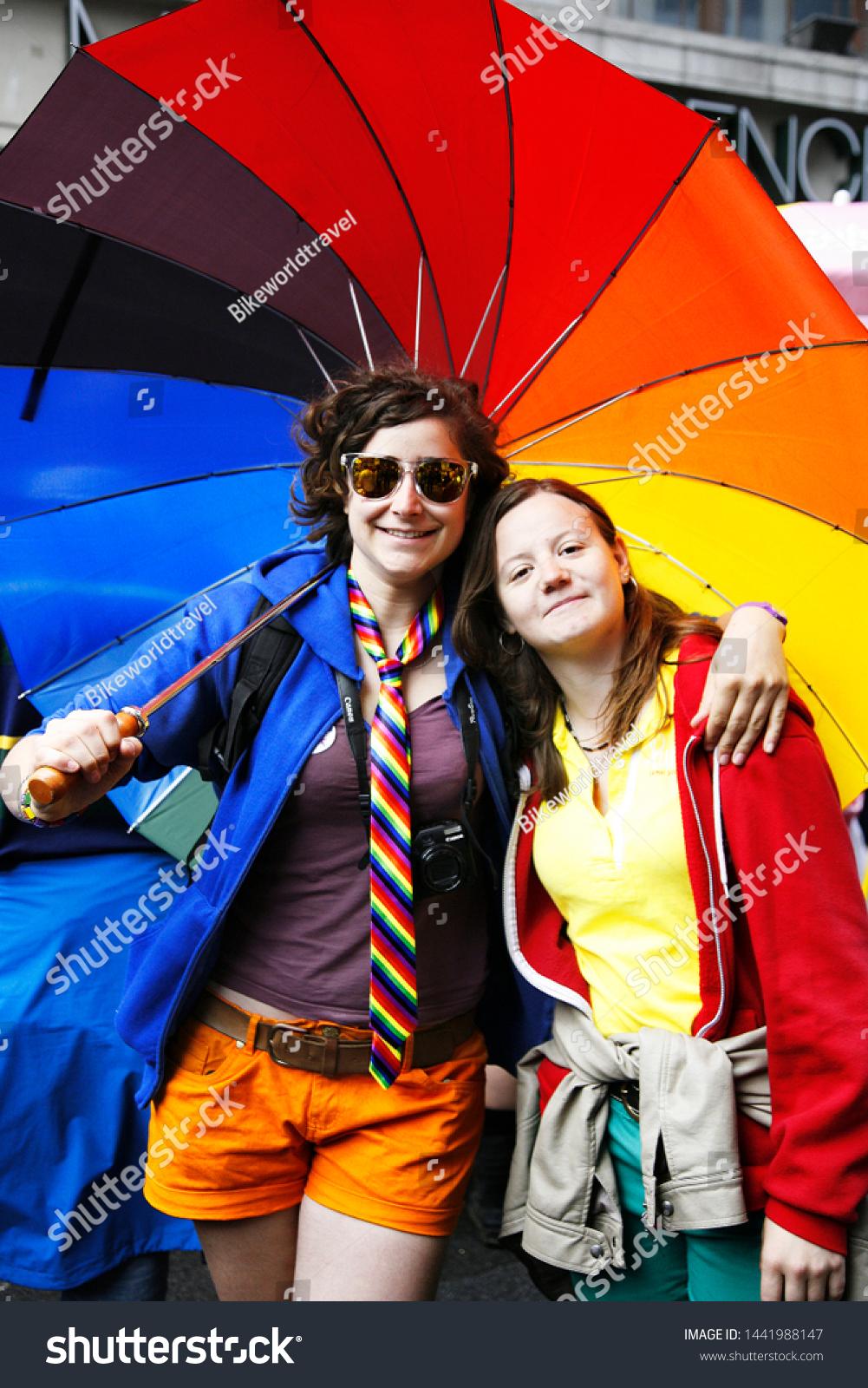 meilleurs sites rencontre gay pride à Vallauris
