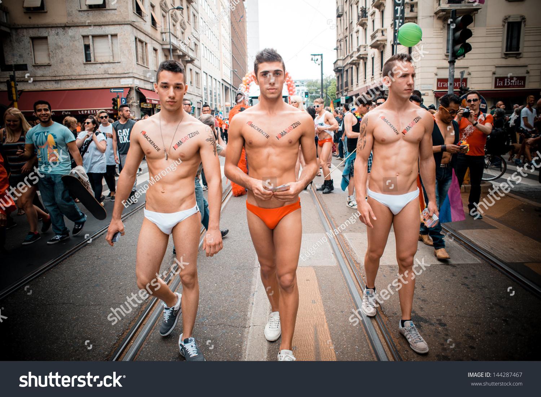 gay bars queens new york