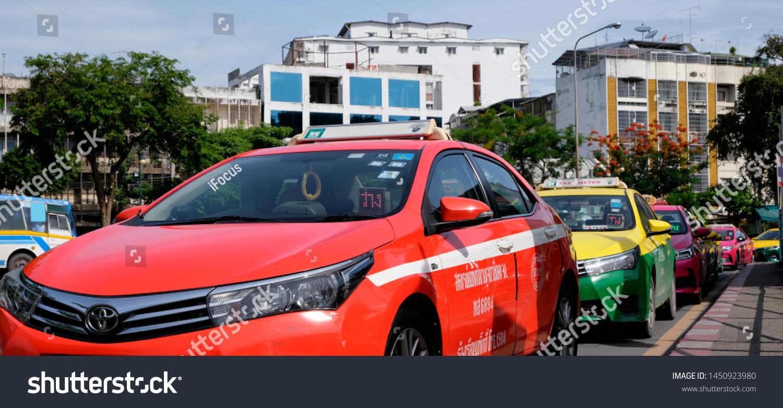 BANGKOK, THAILAND - JULY 14, 2019: Taxi queue near Hua Lamphong train station on July 14, 2019 in Bangkok, Thailand.