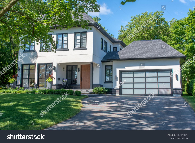 Beautiful Large Modern Custom Residential House Stock Photo Edit Now 1451893049