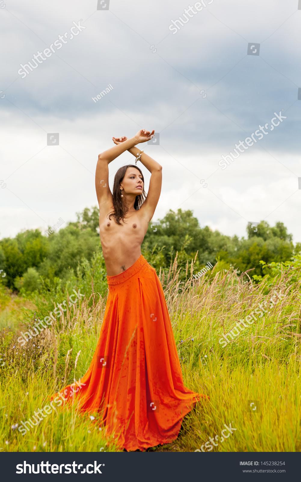 topless grass skirts