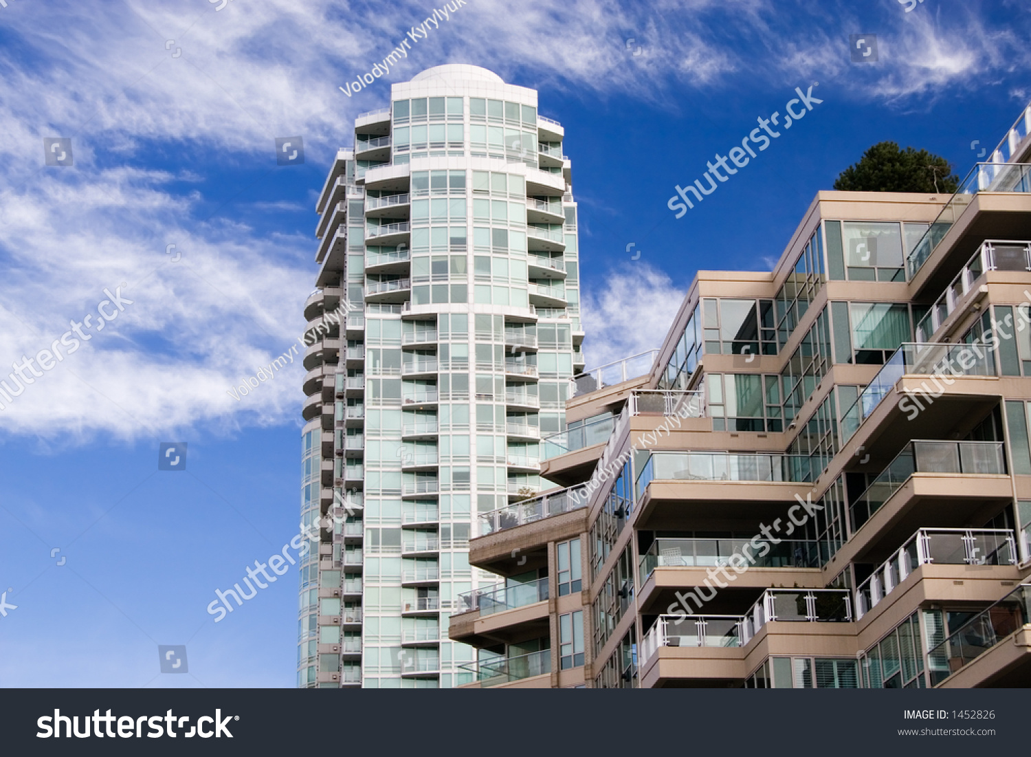 Apartment buildings downtown of vancouver stock photo - Immense maison vacances new york ss mm design ...