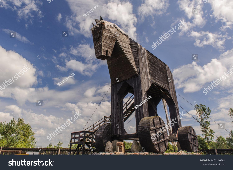 Oskowopoland 07102019 Worlds Largest Trojan Horse Stock Photo Edit Now 1460116991
