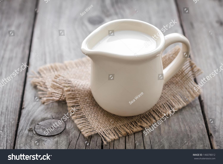 Milk #146078012