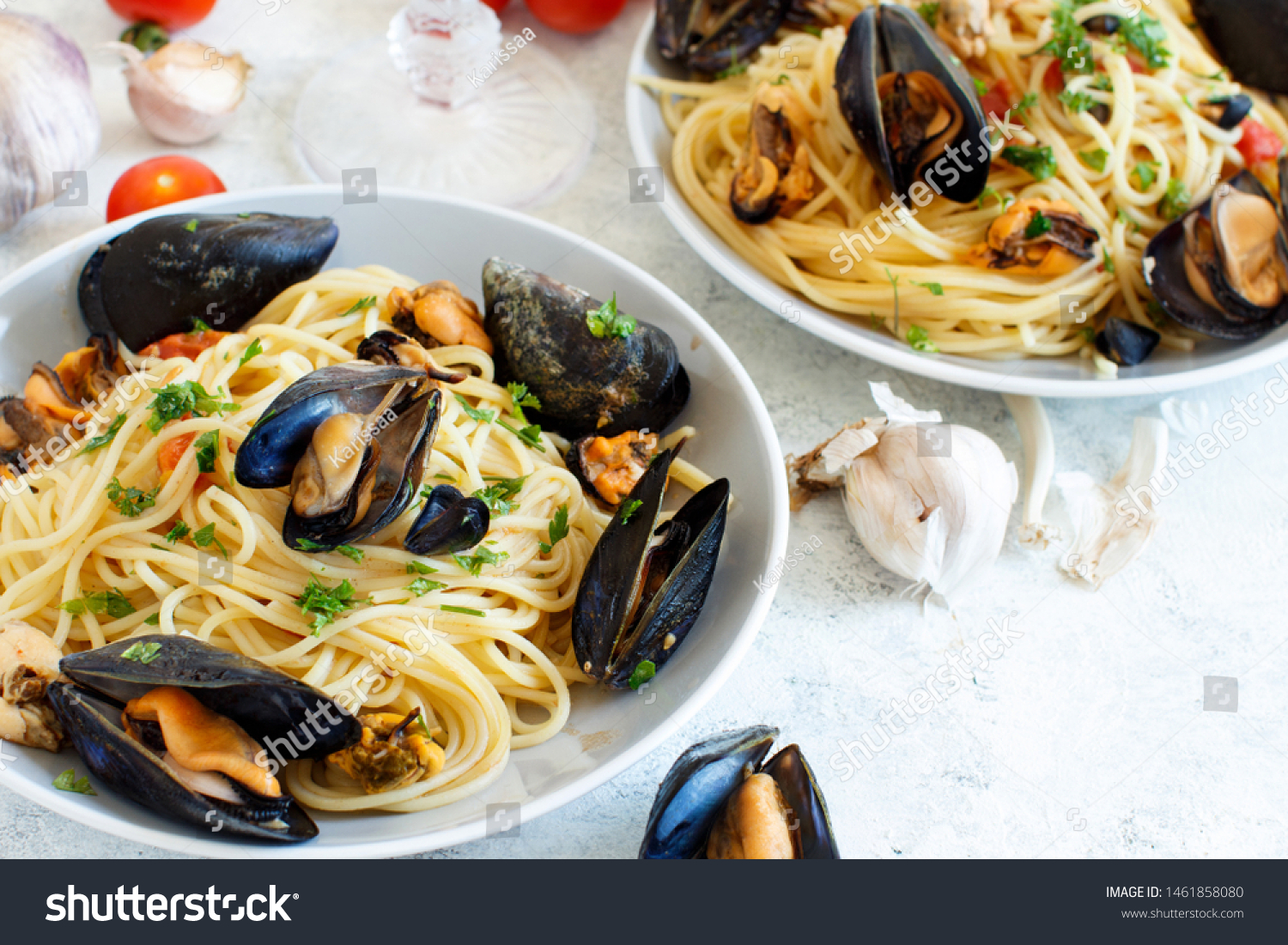 Mussels Tomatoes Italian Seafood Pasta ...