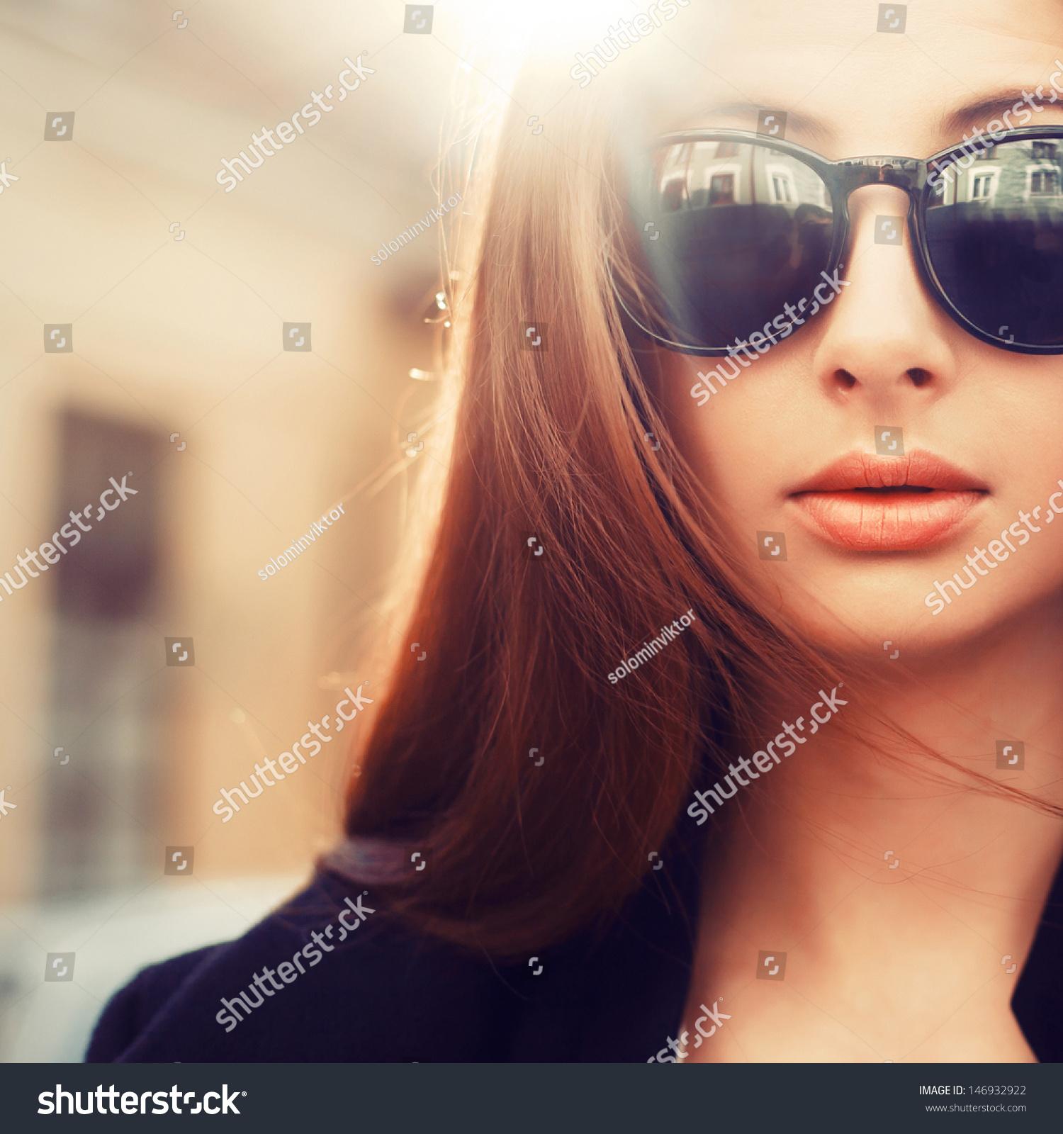 Фото парня в солнечных очках крупным планом 20 фотография