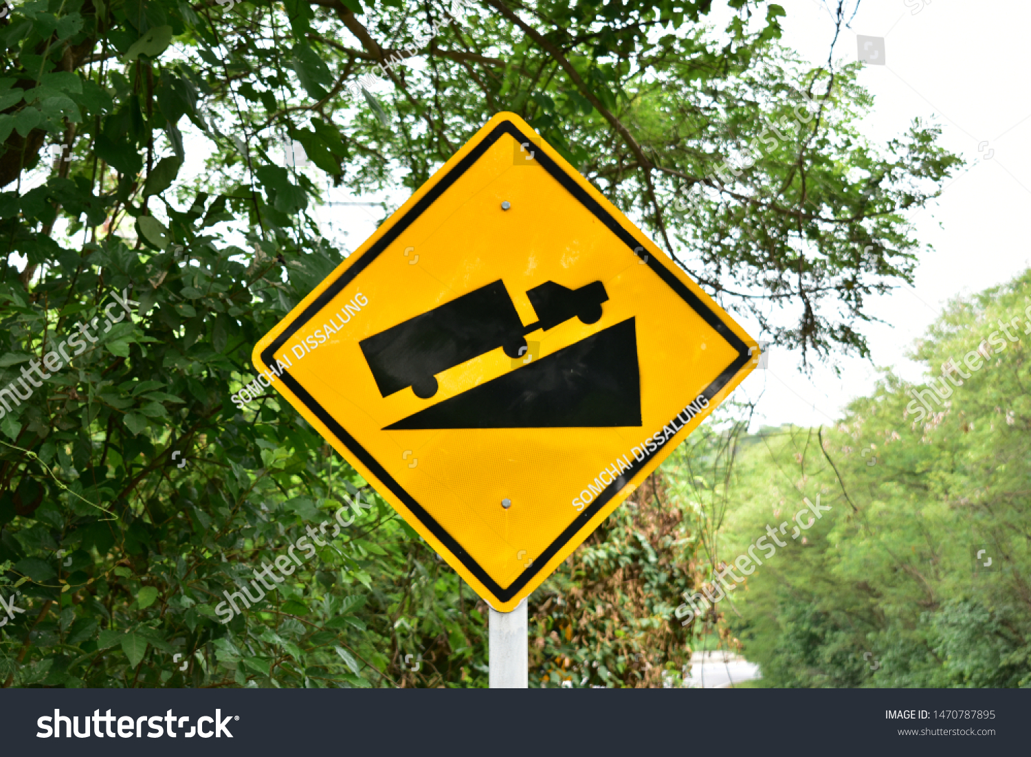 Steep Hill Ascent, Traffic sign from Thailand country