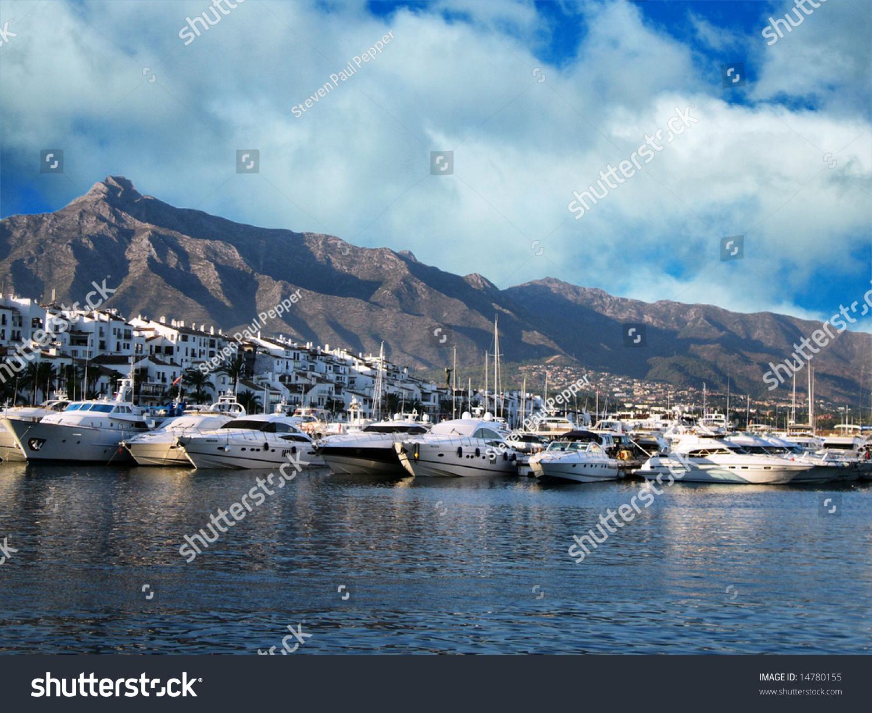 View of puerto banus harbour puerto banus spain costa for Puerto banus costa del sol