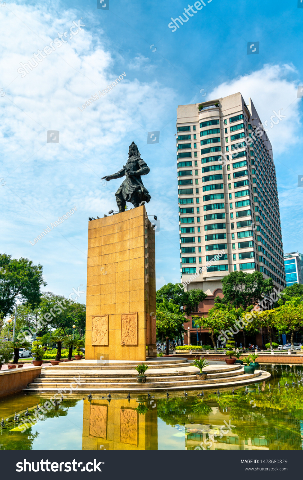 Tran Hung Dao Statue On Me Buildings Landmarks Stock Image 1478680829
